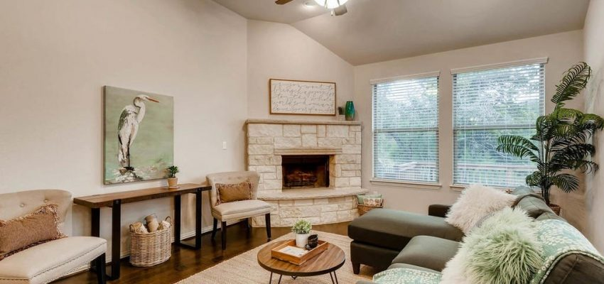 Interior Design Home Staging. Recent Project  Under Contract SOLD 704 Catalina Home Staging